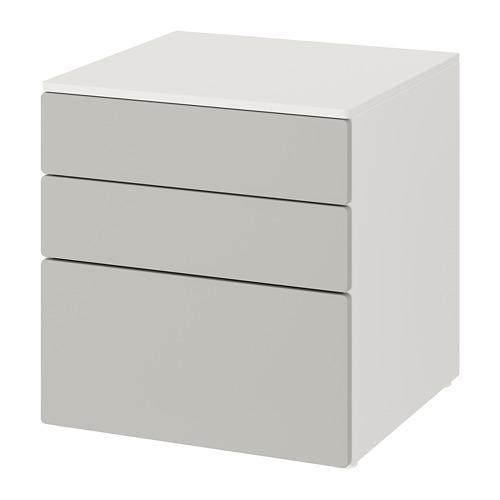 SMÅSTAD/PLATSA kumode ar 3 atvilktnēm  60x57x63 cm baltā krāsā/pelēkā krāsā