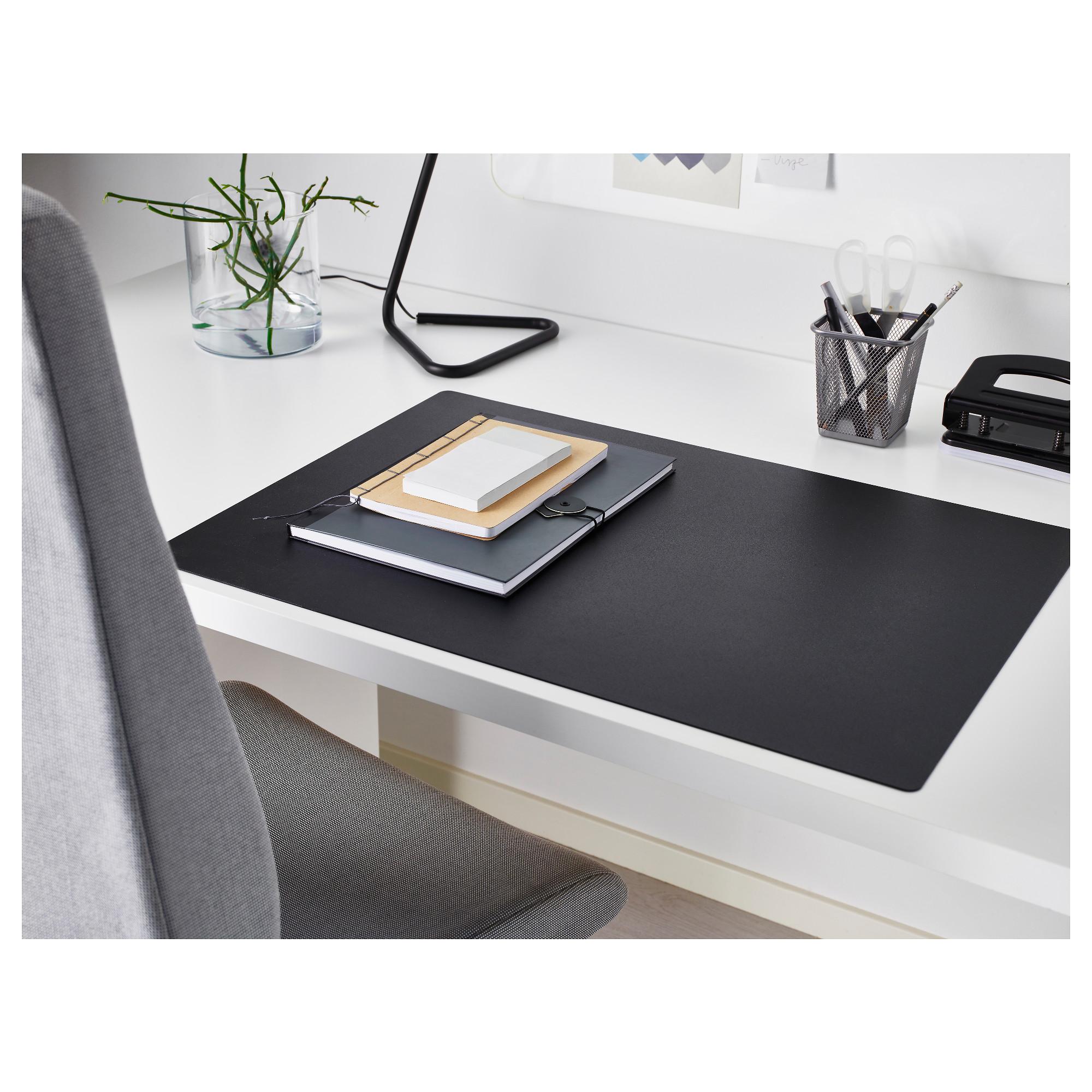 SKRUTT desk pad