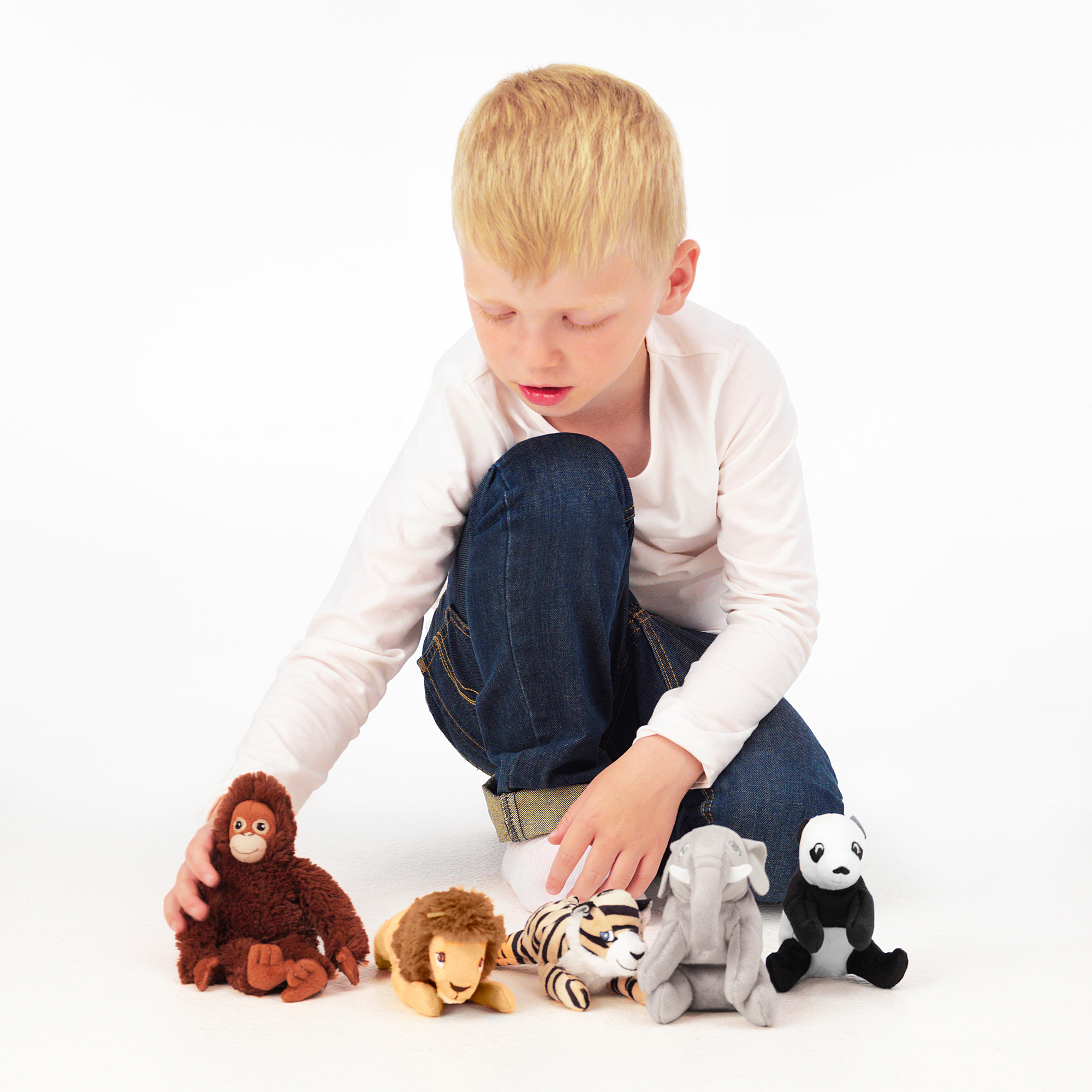 DJUNGELSKOG soft toy (for online purchases, the colour is chosen randomly)