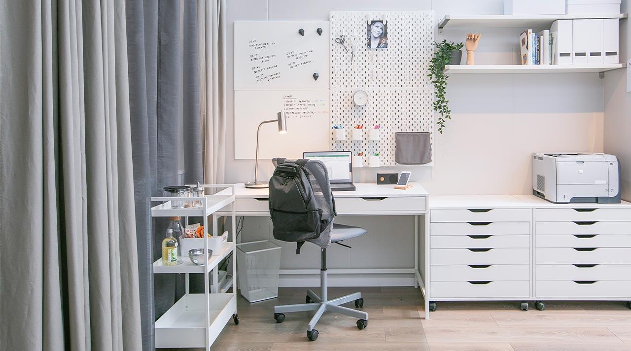 Pokyčiai IKEA ekspozicijoje:  darbo, poilsio ir svečių kambarys viename
